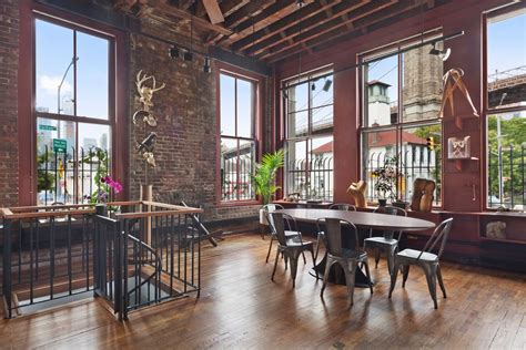 Rare and historic Dumbo triplex once owned by artist Caro
