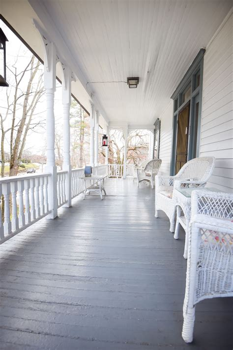 Discount Coupon for 1898 Waverly Inn in Hendersonville