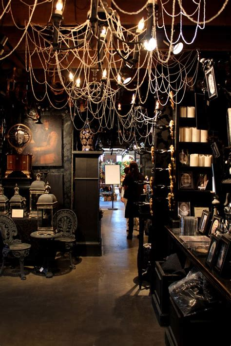 Simple And Easy Gothic Halloween Decorations – The WoW Style