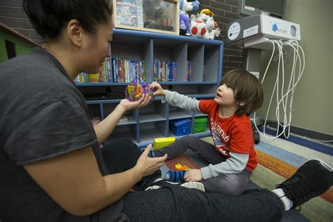 New program targets toddlers showing symptoms of autism