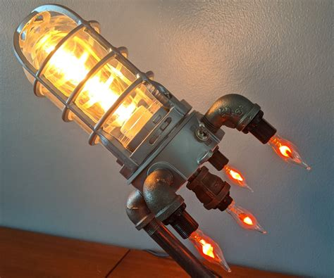 Rocket Ship Lamp : 4 Steps (with Pictures) - Instructables