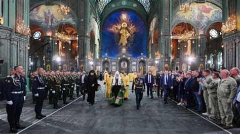 Russia consecrates massive armed forces cathedral