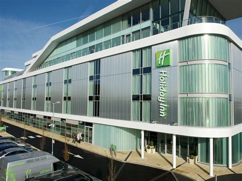 Hotels Near Southend Airport: Holiday Inn Southend